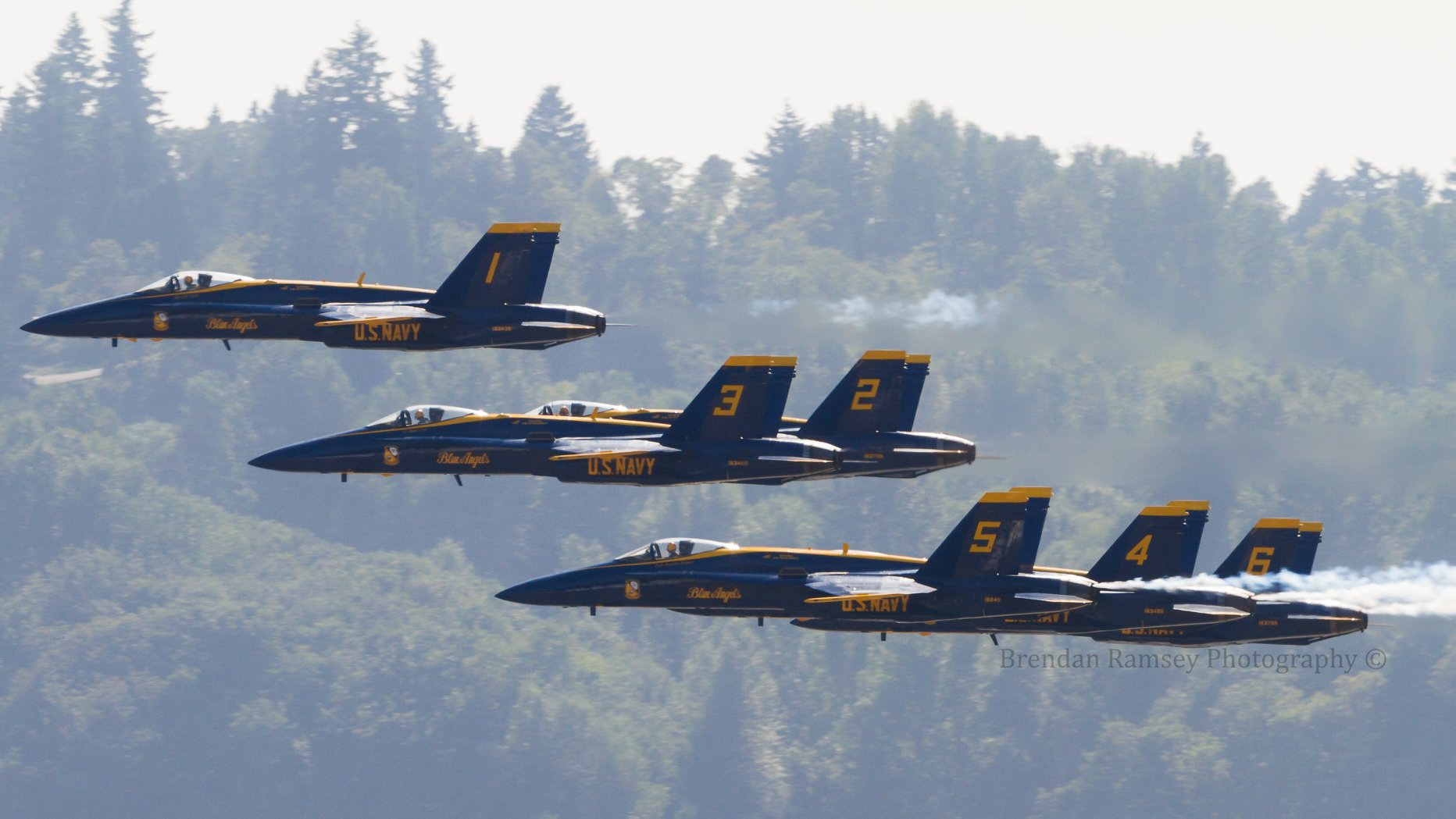 Blue Angels flying at Fleet Week